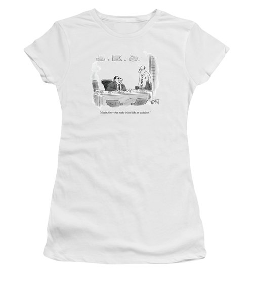A Shady Looking Irs Agent Talks To Another Women's T-Shirt