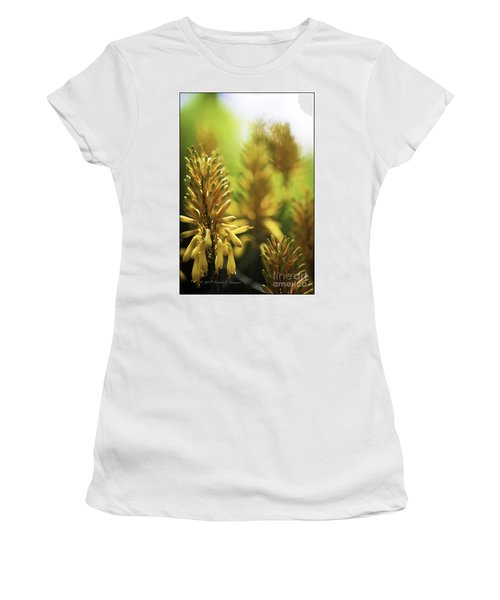 Aloe 'kujo' Plant Women's T-Shirt