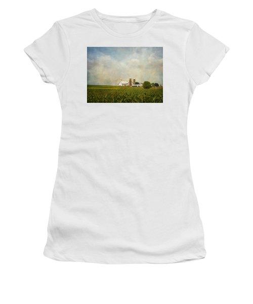 Amish Farmland Women's T-Shirt