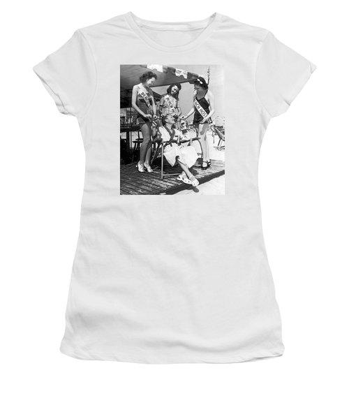 Atlantic City Service Deluxe Women's T-Shirt