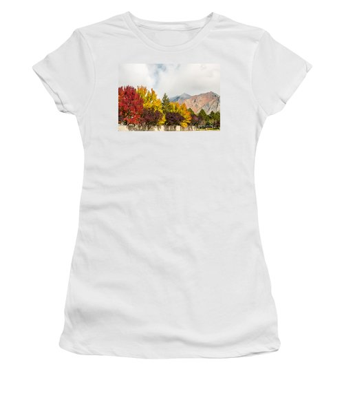 Women's T-Shirt (Athletic Fit) featuring the photograph Autumn In The City by Sue Smith