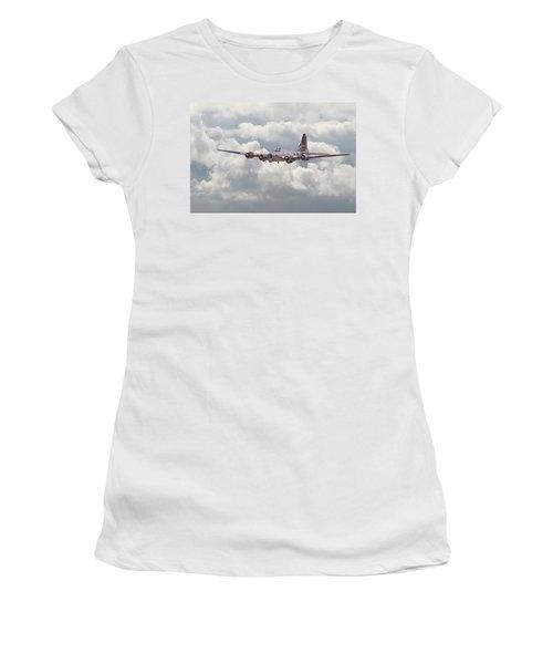 B17- Yankee Lady Women's T-Shirt (Athletic Fit)