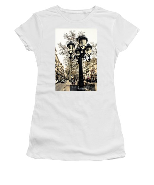 Barcelona - La Rambla Women's T-Shirt (Athletic Fit)