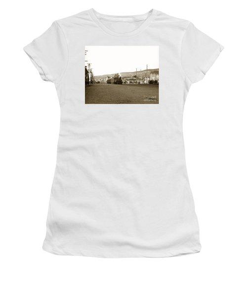Berkeley California Train Station Circa 1902 Women's T-Shirt
