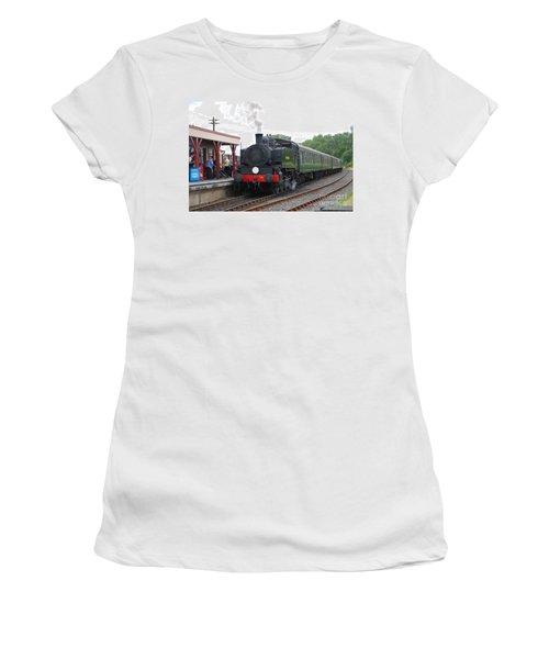 Bodiam Station Women's T-Shirt (Athletic Fit)