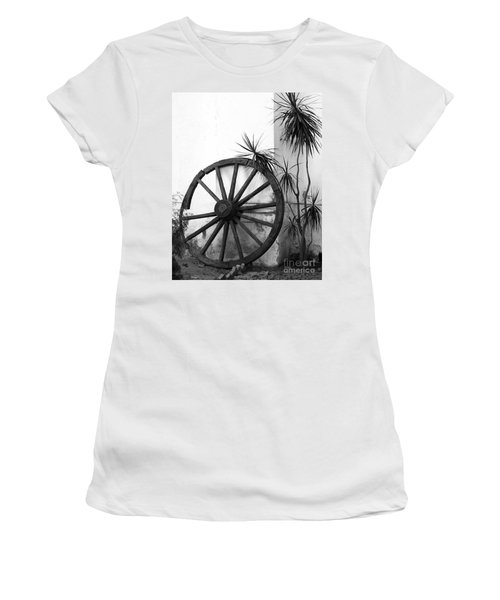 Broken Wheel Women's T-Shirt
