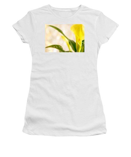 Calla Lily Two Women's T-Shirt
