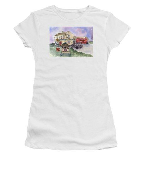 Cameron's Pub And Restaurant Women's T-Shirt