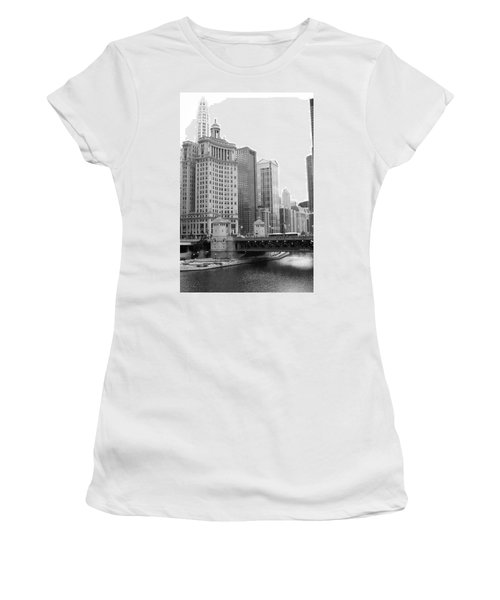 Chicago Downtown 2 Women's T-Shirt (Athletic Fit)