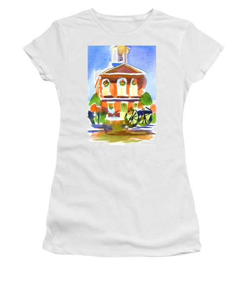 Christmas Courthouse Women's T-Shirt