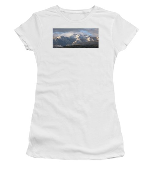 Como Peaks Montana Women's T-Shirt (Athletic Fit)