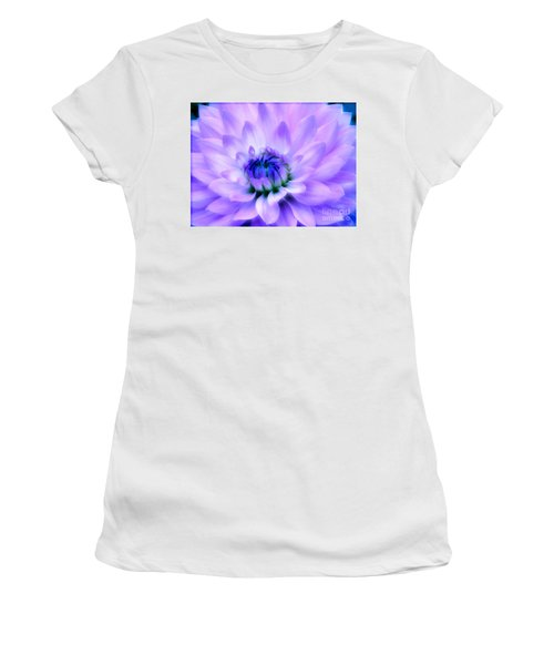 Dahlia Dream Women's T-Shirt