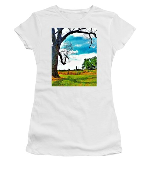 Daydreamer Women's T-Shirt (Athletic Fit)