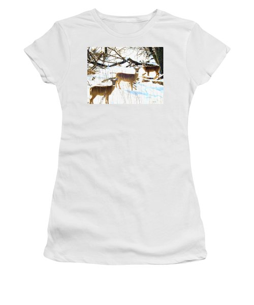 Does In The Snow Women's T-Shirt