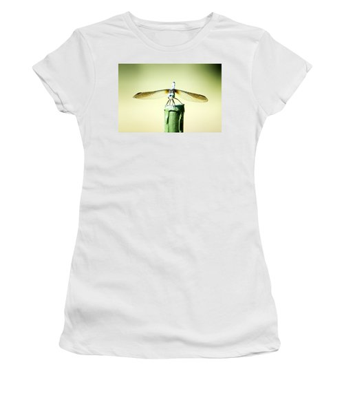 Dragonfly Women's T-Shirt (Athletic Fit)