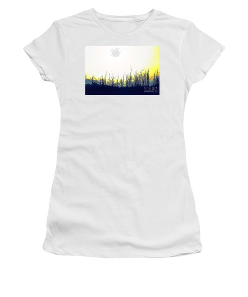 Dudleytown Women's T-Shirt (Athletic Fit)
