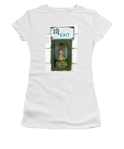 elf exit, Dubuque, Iowa Women's T-Shirt