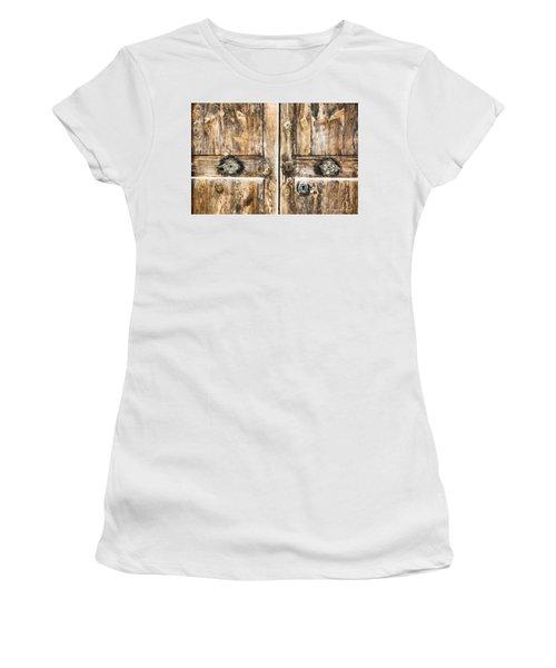 European Vingnette 3 Women's T-Shirt (Athletic Fit)
