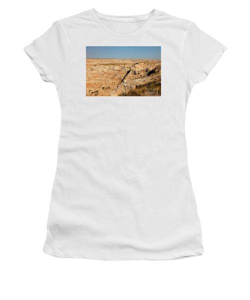 Fossil Exhibit Trail Badlands National Park Women's T-Shirt (Athletic Fit)