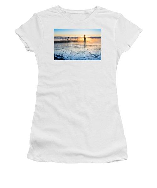 Frigid Sunrise Fog  Women's T-Shirt