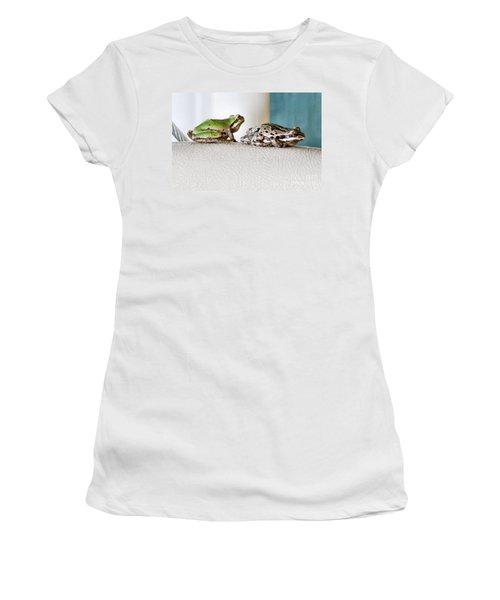 Frog Flatulence - A Case Study Women's T-Shirt