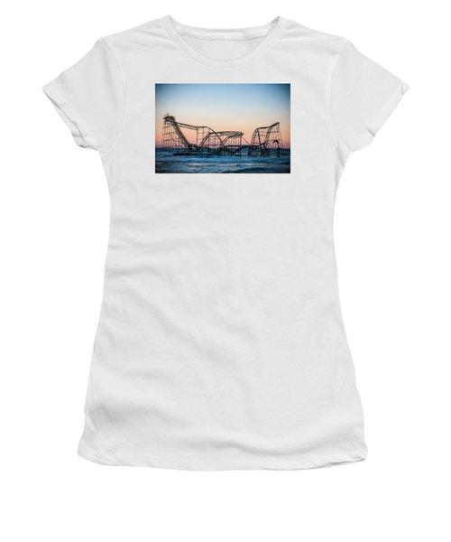 Giant Of The Sea Women's T-Shirt