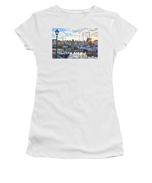 Goes Harbour Women's T-Shirt (Athletic Fit)