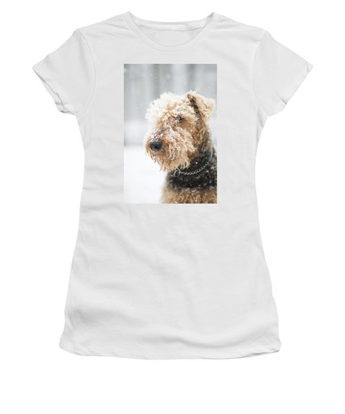 Dog's Portrait Under The Snow Women's T-Shirt (Athletic Fit)