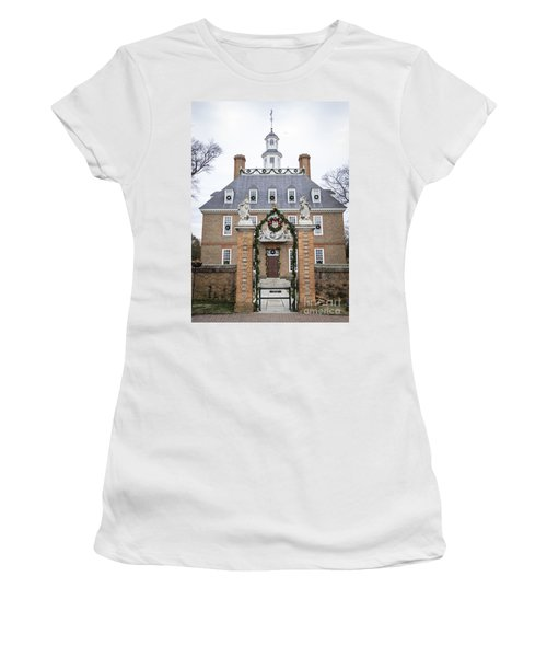 Governors Palace With Gate Women's T-Shirt