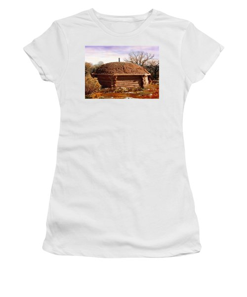 Hogan Monument Valley Winter Painting Women's T-Shirt (Athletic Fit)