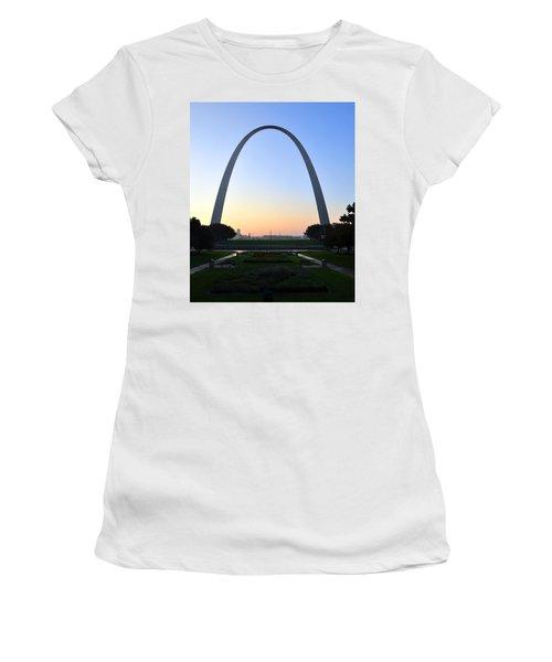 Jefferson National Expansion Memorial Women's T-Shirt