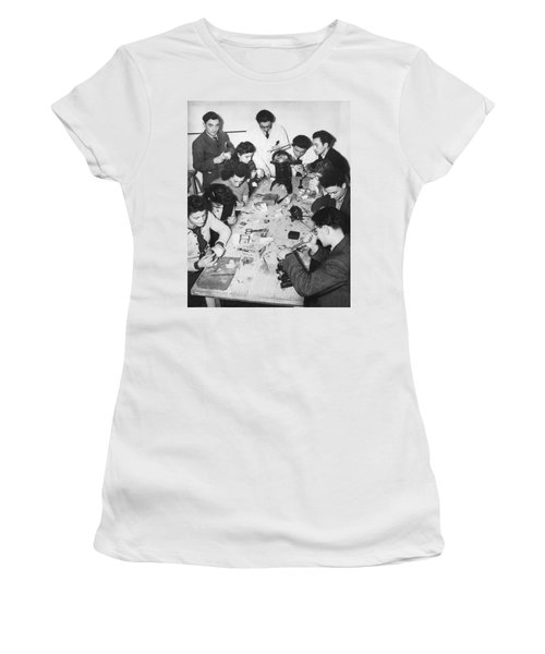 Jews Taking A Dentistry Course Women's T-Shirt
