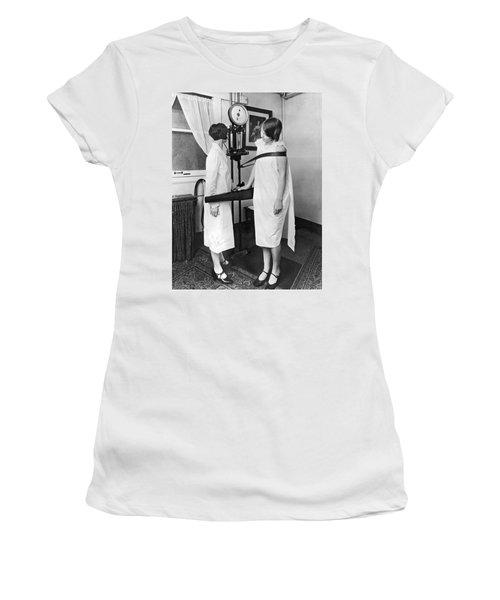 Kellogg's Sanitarium Scene Women's T-Shirt