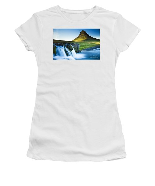 Kirkjufell Mountain Women's T-Shirt (Athletic Fit)