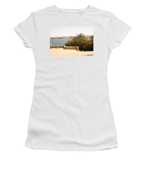 Lakeview 2 Women's T-Shirt (Athletic Fit)
