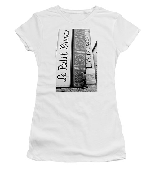 Little Prince And L'etranger Women's T-Shirt (Athletic Fit)