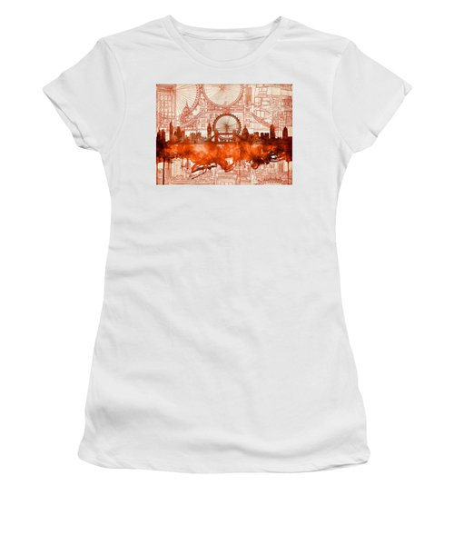 London Skyline Old Vintage 2 Women's T-Shirt (Athletic Fit)