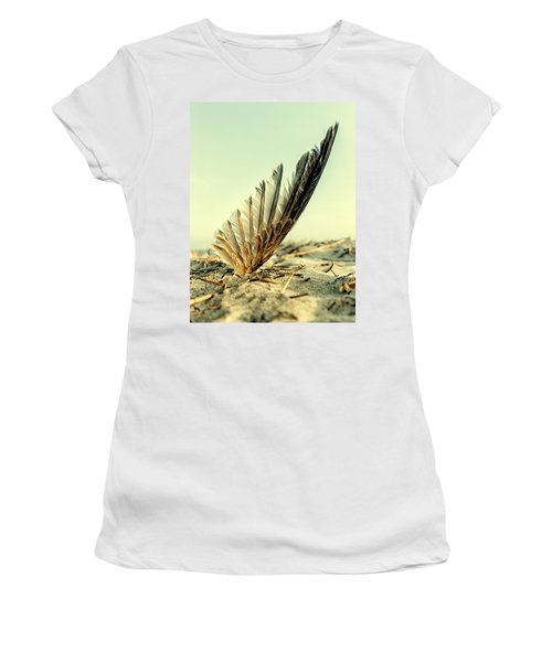 Lost Feather At The Beach Women's T-Shirt (Athletic Fit)