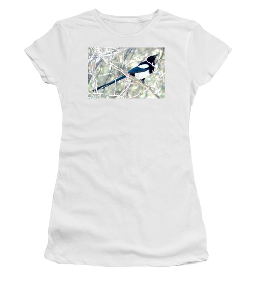 Magpie On Aspen Tree Women's T-Shirt (Athletic Fit)