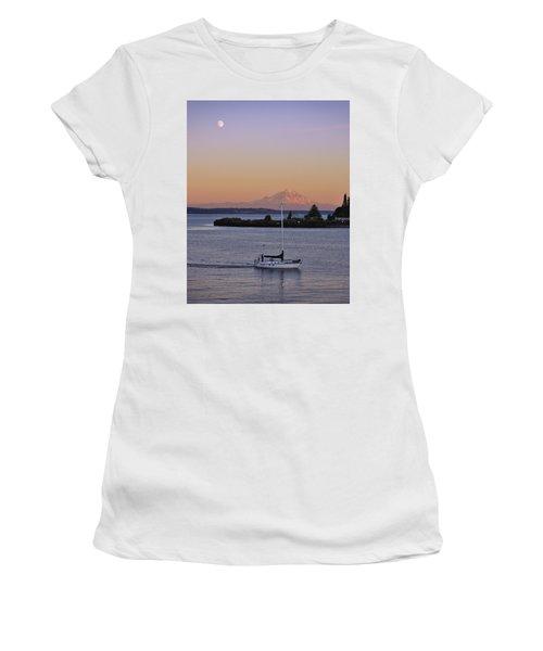 Mt. Rainier Afterglow Women's T-Shirt (Athletic Fit)