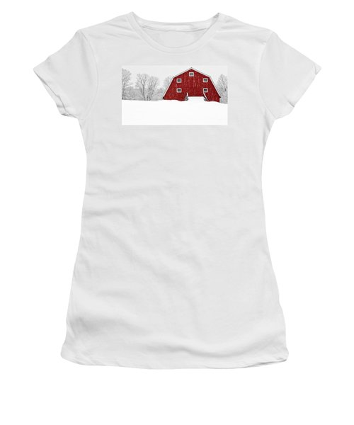 New England Red Barn In Winter Snow Storm Women's T-Shirt