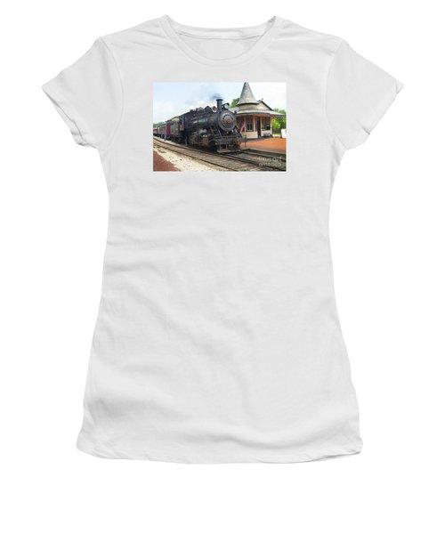 New Hope Station Women's T-Shirt