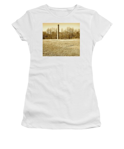 Old Faithful Smoke Stack Women's T-Shirt (Athletic Fit)