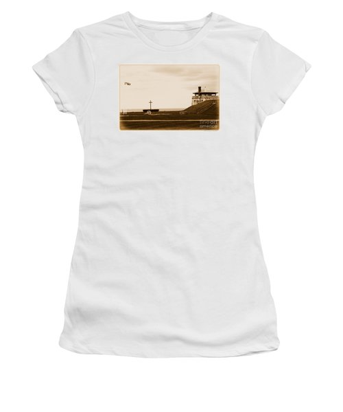 Old Fort Niagara North Redoubt Millet Cross And Flags Women's T-Shirt