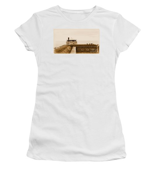 Old Fort Niagara North Redoubt Women's T-Shirt