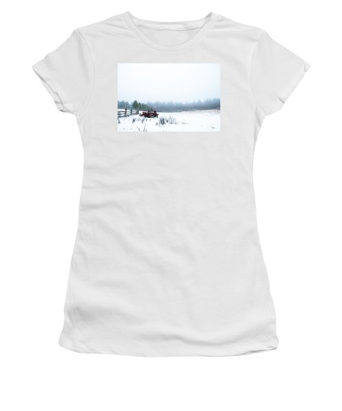 Old Manure Spreader Women's T-Shirt (Athletic Fit)