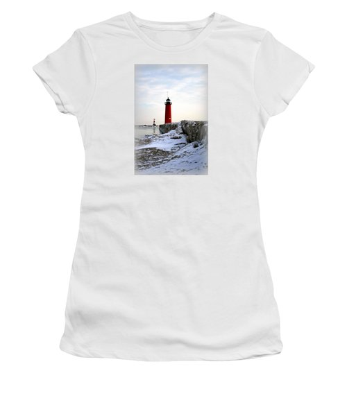 On A Cold Winter's Morning Women's T-Shirt (Athletic Fit)