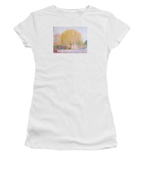Leland Avenue In Chicago Women's T-Shirt (Athletic Fit)