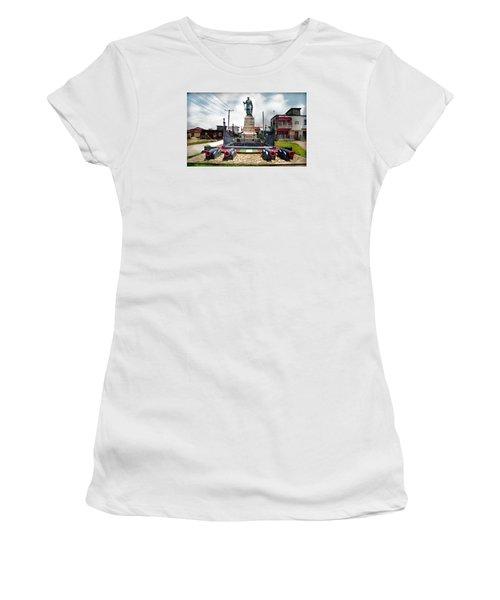 King Jaja's Mausoleum Women's T-Shirt (Athletic Fit)