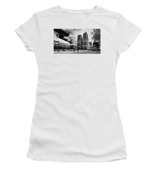 Women's T-Shirt featuring the photograph Parvis Notre Dame / Paris by Barry O Carroll